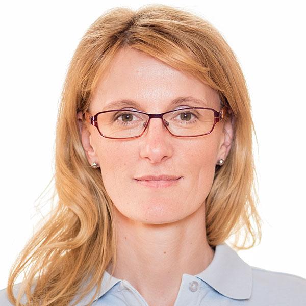 Martina - DDr. Gsellmann, Zahnarzt 4020 Linz, Zahnarzt Gallneukirchen, Zahnspange, Zahnregulierung, Kieferorthopädie